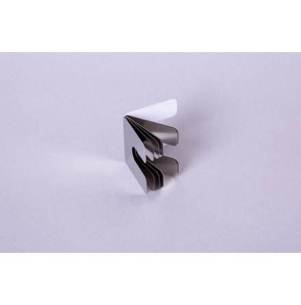 Slotted shims with welded foils